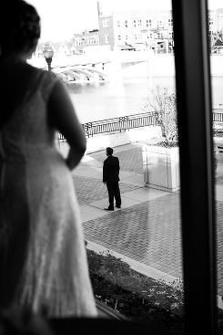documentary wedding photographer in Chicago